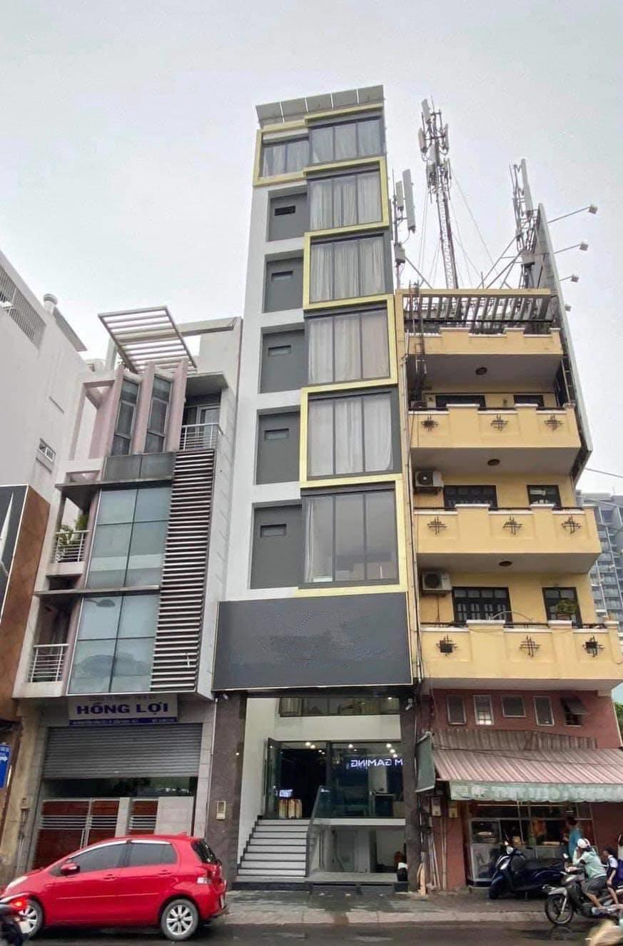 Nhà 700 m2 trị giá hơn 46 tỷ tại TP.HCM của Kinh Quốc và vợ đại gia