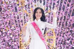 Business law student crowned Miss Vietnam 2020