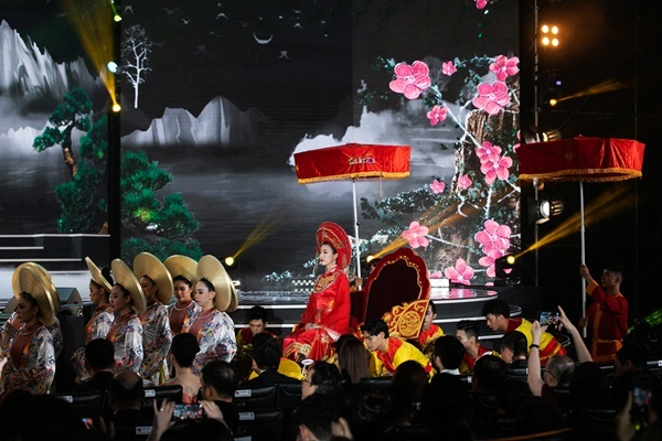 Đỗ Mỹ Linh ấn tượng trong đêm chung kết HHVN 2020