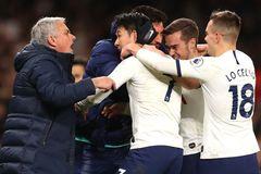 Tottenham đả bại Man City lên đầu bảng, Mourinho tuyên bố nóng