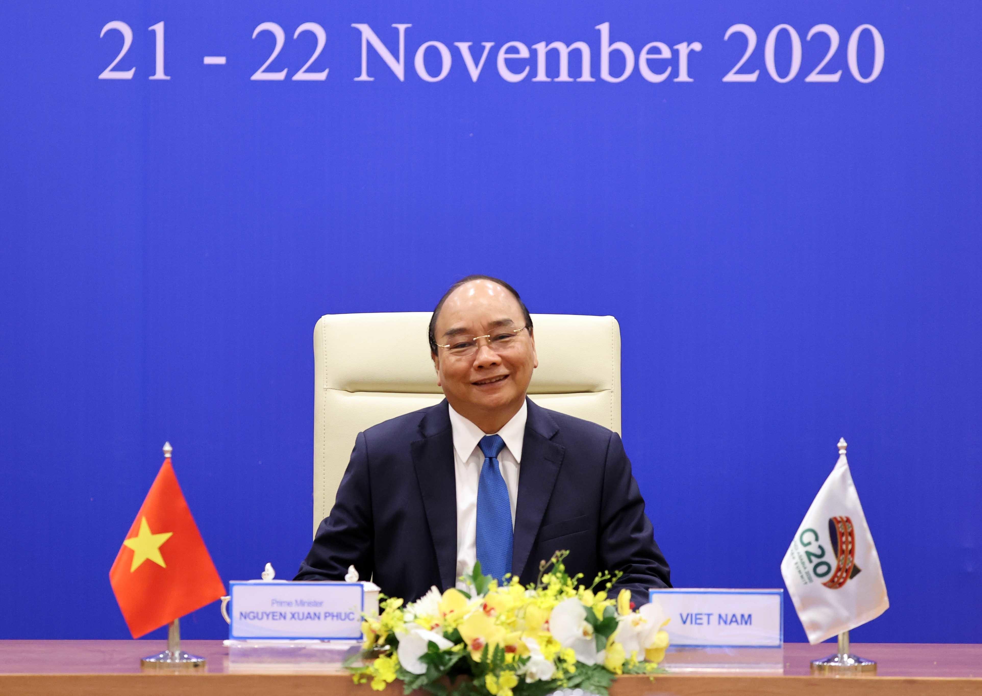 Thủ tướng Nguyễn Xuân Phúc nêu vấn đề thích ứng trong giai đoạn bình thường mới