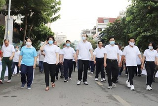 Over US$370,351 collected in charity walk for poor residents