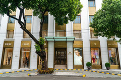 Louis Vuitton, Christian Dior join Hanoi luxury market