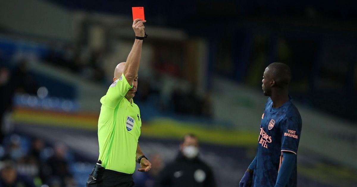 HLV Arteta sôi máu với chiếc thẻ đỏ của Pepe