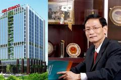 Trước khi bị chặn cửa, đại gia Vũ Văn Tiền hút 1.500 tỷ về túi