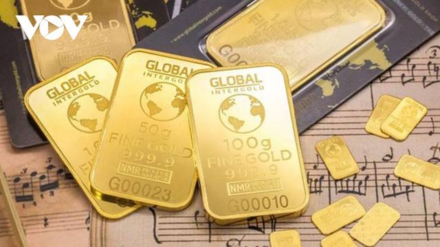 Giá vàng năm 2021: Trên đỉnh cao hay dưới vực sâu?
