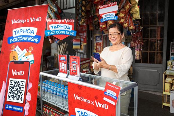 Vinshop 'bắt tay' Techcombank ứng vốn đến 70 triệu cho chủ tạp hóa