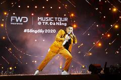 Tóc Tiên, Isaac 'cháy' hết mình tại FWD Music Tour Đà Nẵng