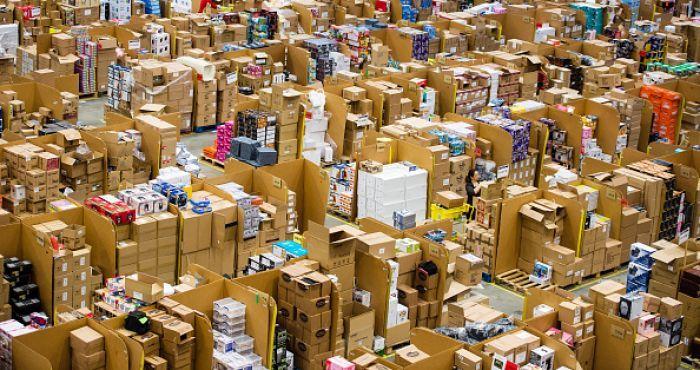 Một phút mua bán hàng khuyến mãi, thu về hơn 40 tỷ đồng