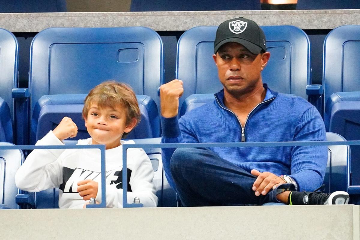 Tiger Woods và con trai tranh tài ở PNC Championship