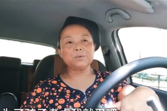 Chán chồng, người phụ nữ 56 tuổi hành động khiến 2 triệu người thích