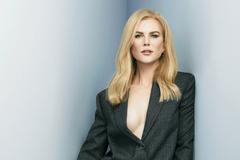 Nicole Kidman từng khổ sở vì chiều cao quá khổ