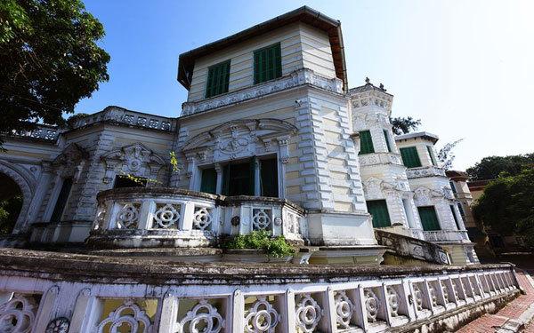 Beauty of the school named after Vietnam's famous pedagogue Chu Van An