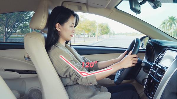 Chuyên gia Toyota đưa ra nguyên tắc 3 'không' giúp lái xe an toàn