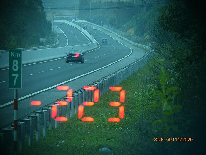 Xe BMW chạy 223 km/h trên cao tốc Bắc Giang – Lạng Sơn vì... vội đi ăn cưới