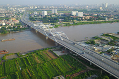 Inner-city bridges create new Hanoi urban facelift