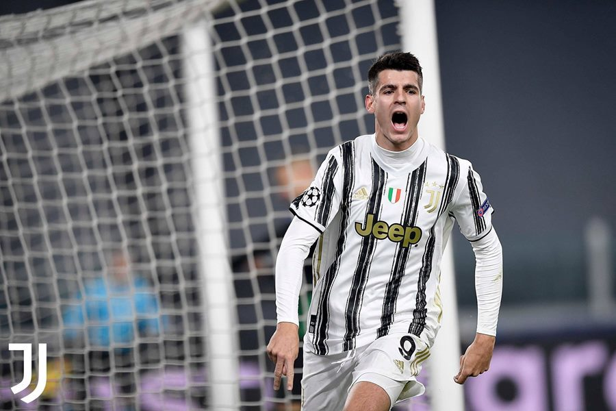 Ronaldo nổ súng đưa Juventus vào vòng knock-out