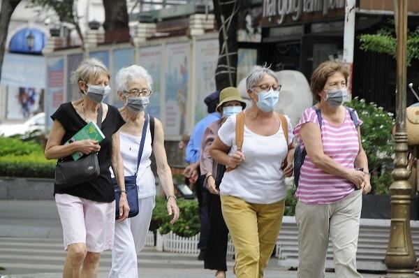 Covid-19 impacts,vietnam tourism