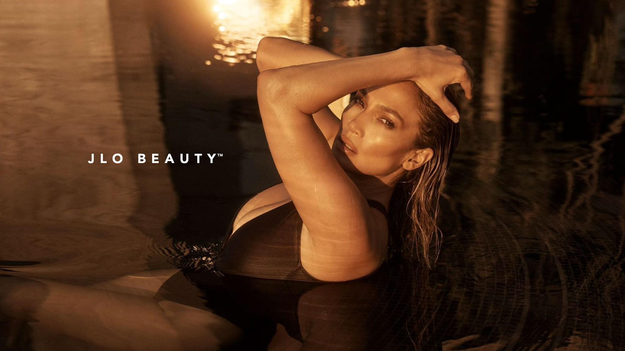 Jennifer Lopez chụp ảnh nóng bỏng cho bìa đĩa nhạc mới