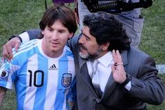 Messi, Ronaldo tri ân đầy xúc động Diego Maradona