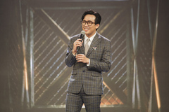 NTK Phạm Tuân kể áp lực khi làm trang phục cho MC Trấn Thành