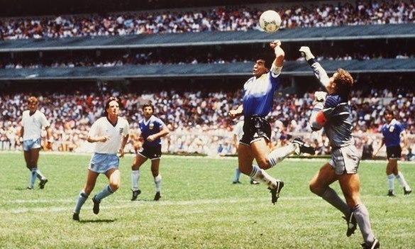 Diego Maradona và