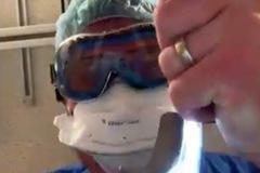 Hình ảnh bệnh nhân Covid-19 nhìn thấy lúc cuối đời