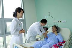 Nghiện rượu từ tuổi 20, người đàn ông Hà Nội bị chảy máu não