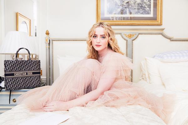 Ngọc nữ mới của Hollywood xinh đẹp khó rời mắt