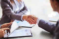 Có thể thuê làm thủ tục đăng ký hộ kinh doanh
