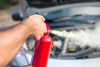 Bỏ quy định phải có bình cứu hỏa trên ô tô con