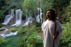 Kỳ lạ bộ tộc trong rừng sâu - nơi một người đàn ông có thể lấy tới 4 vợ