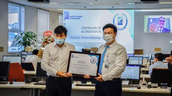 Noi Bai Airport receives Airport Health Accreditation certification