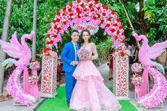 Cuộc sống của 'người đàn ông Việt đầu tiên sinh con' sau ly hôn