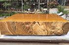 Hiếm có ở Việt Nam, chiếc sập đá quý vàng óng nặng 7 tấn