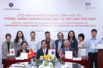 Hợp tác phòng, chống kháng kháng sinh tại Việt Nam