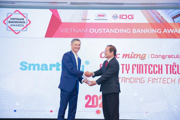 Ví điện tử SmartPay nhận giải 'Công ty Fintech tiêu biểu 2020'