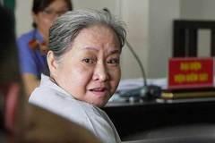 Nhân tình của chồng bị tạt axít, nữ tiến sĩ phải hầu tòa sau 12 năm