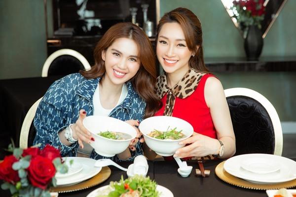 Tình bạn hơn 12 năm của Ngọc Trinh và bạn gái diễn viên Chi Bảo