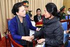 Chủ tịch Quốc hội thăm gia đình các liệt sỹ hy sinh trong mưa lũ miền Trung