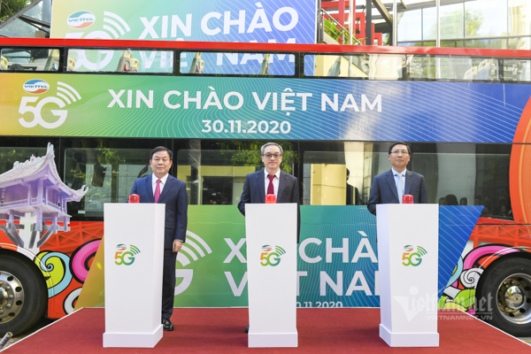 Người dân Hà Nội bắt đầu được sử dụng mạng di động 5G