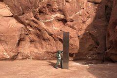 Cột kim loại của 'người ngoài hành tinh' ở Mỹ biến mất đầy bí ẩn