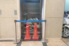 """""""Góc khuất"""" vụ thang máy chung cư rơi từ tầng 5 ở Hà Nội"""