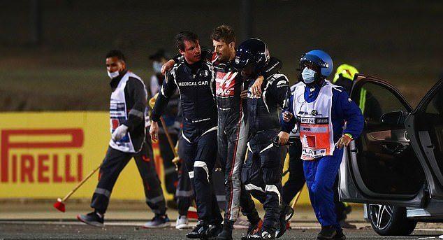 Tai nạn kinh hoàng tạiBahrain GP, tay đua thoát chết kỳ diệu