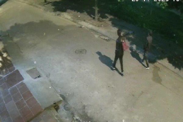 Phát hiện thi thể phụ nữ lõa thể trong nhà nghỉ ở Hà Nội thumbnail