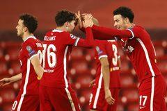 Thắng hú vía Ajax, Liverpool đoạt vé vào vòng 1/8