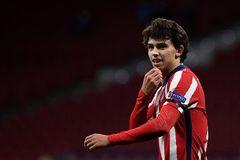 Cưa điểm với Bayern, Atletico mở toang cửa đi tiếp