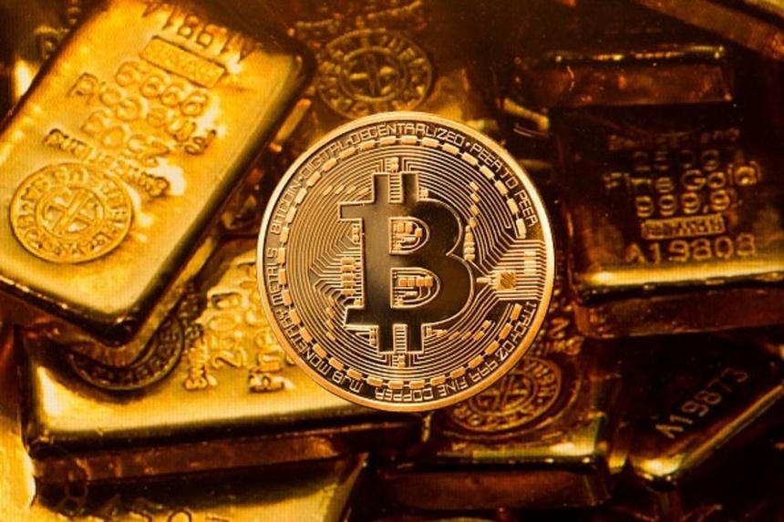 Nên mua vàng hay đầu tư Bitcoin?