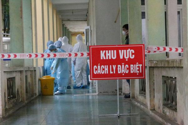 Vietnam Airlines sẽ xử lý nam tiếp viên làm lây Covid-19 ra cộng đồng