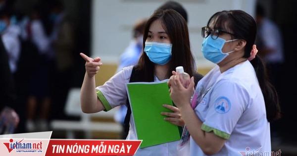 Hàng loạt trường ĐH tạm 'đóng cửa', hơn 100.000 sinh viên TP.HCM nghỉ học